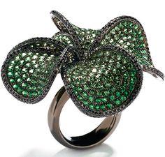 Wendy Yue- tsavorite & black diamond ring with 18-karat white gold & black rhodium.