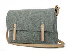 Felt+Bag+from+Cracow+from+popeq+design+by+DaWanda.com