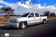 Hate lowered trucks👎 But love trucks in motion👍 New Chevy Silverado, Silverado Crew Cab, 2014 Silverado, New Trucks, Chevy Trucks, 2014 Chevy, Lowered Trucks, General Motors, Cadillac