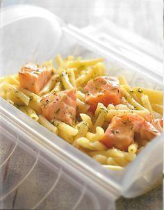 Recetas de supervivencia para principiantes by mofs I Foods, Pasta Salad, Tapas, Make It Simple, Macaroni And Cheese, Ethnic Recipes, Rice, Cooking Recipes, Healthy Food