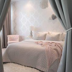 Com inspiração linda de quarto clean. Bedroom Photography, Home And Deco, Fashion Room, Beautiful Bedrooms, New Room, House Rooms, Home Decor Bedroom, Room Inspiration, Decoration