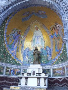 The Bernadette Chapel in the main basilica of Lourdes St Bernadette Of Lourdes, Santa Bernadette, Catholic Altar, Catholic Churches, Charles Peguy, Our Lady Of Lourdes, Cathedral Church, Chapelle, Kirchen