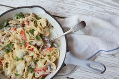Pasta, mushrooms, garlic? Check, check, check. Our Chicken Tetrazzini has everything you like about the classic—all in one quick and easy weeknight dish.