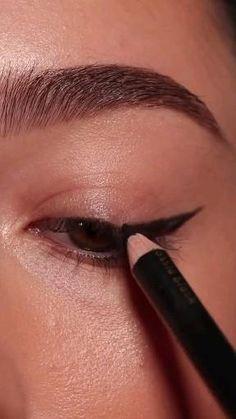 Makeup Set, Makeup Inspo, Makeup Inspiration, Face Makeup, Pretty Makeup, Simple Makeup, Maquillage Normal, Eye Makeup Designs, Glamour Makeup