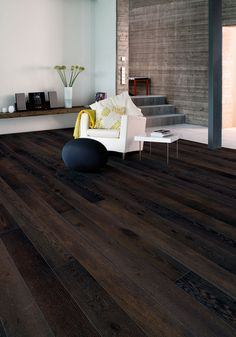 Oak parquet WALNUT, brushed matt lacquered. Rich dark brown colored stunning floor. www.timberwiseparquet.com  Tammiparketti WALNUT, harjattu mattalakattu. Täyteläinen tumma ruskeasävyinen upea lattia. www.timberwiseparketti.fi