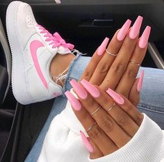 "If you're unfamiliar with nail trends and you hear the words ""coffin nails,"" what comes to mind? It's not nails with coffins drawn on them. It's long nails with a square tip, and the look has. Pink Manicure, Aycrlic Nails, Cute Nails, Coffin Nails, Nail Pink, Pink Coffin, Pink Nail Colors, Stiletto Nails, Kylie Nails"