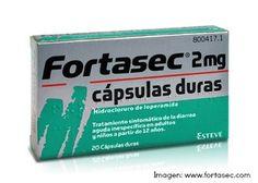 Fortasec, PA: Hidrocloruro de loperamida. Se une a los receptores opiáceos en la pared intestinal, reduciendo el peristaltismo propulsivo. Incrementa el tono del esfínter anal.