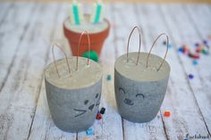 pin + insta // @ f o r t a n d f i e l d ♥ concrete bunnies Cement Crafts, Concrete Projects, Concrete Art, Diy For Kids, Crafts For Kids, Ideias Diy, Spring Crafts, Easter Crafts, Happy Easter