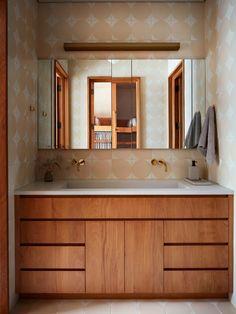 Commune Design | Santa Cruz Beach House Bathroom Inspiration, Interior Inspiration, Chic Beach House, Santa Cruz Beach, Modern Craftsman, Interior Design, Home, Bathrooms, Surfers