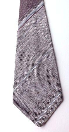 Vintage Kipper Neck Tie Claret with Grey and White Striped Design 1970s FREE P&P #Cavendish #NeckTie