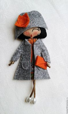 Купить Брошь-куколка из фетра - разноцветный, брошка куколка, брошка из фетра, броши на заказ