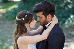 Can Yaman, protagonista maschile di Daydreamer, presto in Italia Scene Couples, Movie Couples, Turkish Actors, Turkish Men, True Beauty, Daydream, Canning, Couple Photos, Tv