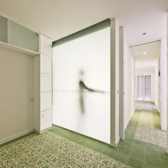 Loving this tile... Perfect accent for a bathroom... Apartment in Santa Teresa / Romero Vallejo Architects