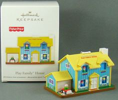 New Hallmark Play Family House Doorbell Fisher Price 2011 Christmas Ornament Fisher Price Toys, Vintage Fisher Price, Retro Toys, Vintage Toys, 90s Childhood, Childhood Memories, Outdoor Christmas Decorations, Christmas Ideas, Retro Housewife