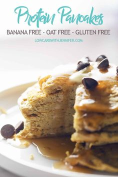 A protein packed stack of pancakes that have no oats, no banana, no blender needed, and they're gluten free! #paleorecipe #lowcarbdiet #ketorecipes #pancakes