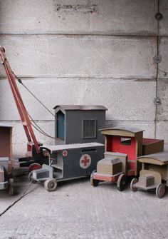 Toy Diy Pallet Projects, Diy Craft Projects, Fun Crafts, Diy And Crafts, Wooden Toy Trucks, Wooden Car, Wooden Toys, Wood Toys Plans, Wood Carving Patterns