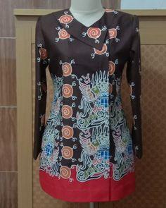 Mode Batik, Batik Kebaya, Blouse Batik, Batik Fashion, Brokat, Health And Beauty Tips, Safari, Tunic Tops, Blazer