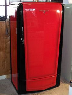 Vintage Fridge, Vintage Refrigerator, Garage Bar, Refrigerators, Yard, Canning, Retro, Kitchen, Patio