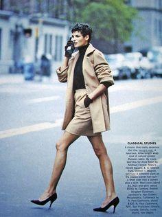 Camel's Back with Linda Evangelista by Peter Lindbergh for Vogue US, September 1989