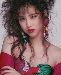 Seiko Matsuda, Japanese Pop Star, in the 80s And 90s Fashion, Vogue, Japanese Culture, S Star, Japanese Fashion, Pop Culture, Most Beautiful, Idol, Wonder Woman
