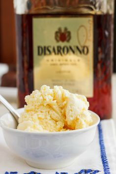 Rich, and yet not too sweet, this Amaretto ice cream is the perfect balance of flavours for the New Year! Who says you cannot eat ice cream during the winter. Ice Cream Treats, Ice Cream Desserts, Frozen Desserts, Ice Cream Recipes, Frozen Treats, Just Desserts, Delicious Desserts, Dessert Recipes, Amaretto Ice Cream Recipe