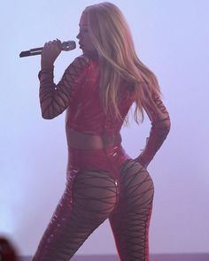 Iggy Azalea Seat of Her Pants and Other Fine Things to Ogle - Egotastic - Sexy Celebrity Gossip and Entertainment News
