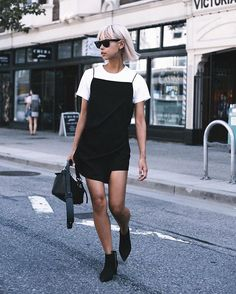 Take a look at these five stunning summer trends that will take care of your style no matter your mood. Be a fashionista this summer with confidence! Summer Fashion Outfits, Summer Outfits Women, Simple Outfits, Trendy Outfits, Cute Outfits, Dress Outfits, Shirtdress Outfit, T Shirt Under Dress, Dress Pants