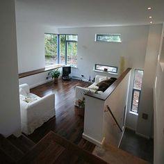 Like this split level half wall Living Room Paint, Home Living Room, Bi Level Homes, Split Level Remodel, House Layouts, My Dream Home, Dream Life, Decoration, Custom Homes