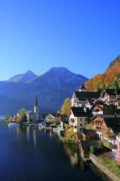Places to see before you die (II) – Hallstatt, Austria Beautiful Places In The World, Great Places, Places To See, Romantic Escapes, Romantic Travel, Klagenfurt, Salzburg, Best Nature Wallpapers, Scenic Photography
