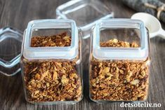 Snickerspavlova | Det søte liv Vanilla Cupcakes, Dessert Drinks, Just Desserts, Granola, How To Dry Basil, Cereal, Muffins, Brunch, Salt