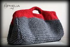 Crochet Tote, Crochet Handbags, Crochet Purses, Knit Crochet, Hand Knit Bag, Knitting For Kids, Knitted Bags, Crochet Fashion, Knitting Designs