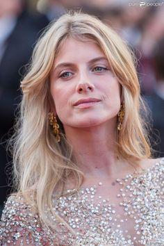 """Mélanie Laurent - Montée des marches du film """"Inside Out"""" (Vice-Versa) lors du 68e Festival..."""