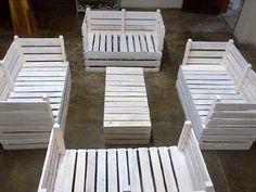 DIY Pallet Furniture Set for Garden   99 Pallets