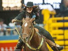 ❤ Rodeo Cowgirl ❦ Fallon Taylor From round 1 - ProRodeo.com