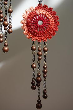 un jardín de hilo: Ruffled Circle with 3 strands of beads