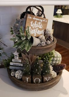 rustic christmas Easy DIY Indoor Christmas Decor and Display Ideas, Ways To Decorate Your Tiered Tray For Christmas, Kitchen Counters, or Fireplace Mantle Decorating, Christmas Decor Farmhouse Christmas Decor, Christmas Home, Christmas Holidays, Christmas Wreaths, Rustic Christmas Crafts, Advent Wreaths, Christmas Bedroom, Burlap Christmas, Primitive Christmas