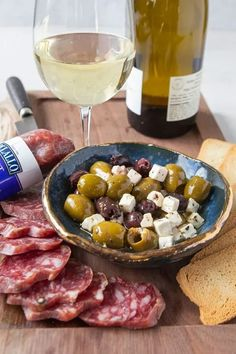 Enjoy this ultimate wine & olive pairing guide featuring Delallo olives and antipasti products. Learn ways to pair wine with olives and antipasti and how to put these pairings to use at your next gathering. Olive Recipes, Italian Recipes, Greek Feta Salad, Picnic Side Dishes, Italian Roast, Pitted Olives, Food Articles, Stone Fruit, Roasted Tomatoes