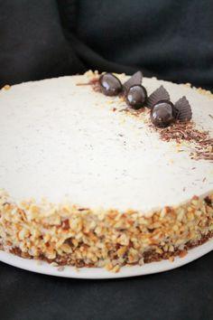 Pienet herkkusuut: Suklaa-nougat juustokakku ja ARVONTA