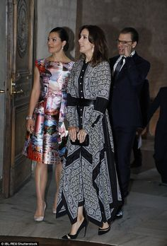 30 May 2017 - Princess Mary and Prince Frederik visit Stockholm (day 2) - shoes by Dior, clutch by Anya Hindmarch