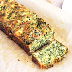 A super easy spinach cake · Italianchips Spinach Cake, Spinach Bread, Spinach And Cheese, Spinach And Feta Muffins, Loaf Recipes, Spinach Recipes, Vegetarian Recipes, Cooking Recipes, Salads