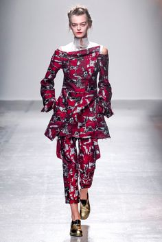 Aganovich Spring 2015 Ready-to-Wear - Collection - Gallery - Look 6 - Style.com