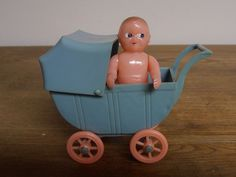 Renwal Carriage and Doll