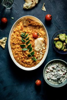 Andhra Style Tomato Khichdi (Gluten-free) — Cupcakeree Stovetop Pressure Cooker, Pressure Cooking, Rice And Peas, Indian Food Recipes, Ethnic Recipes, South Indian Food, Lunch Menu, Curry Leaves, One Pot Meals