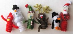 Six Christmas and Winter themed finger puppet kids crafts to make!