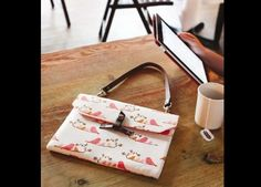 A little bag for your tablet