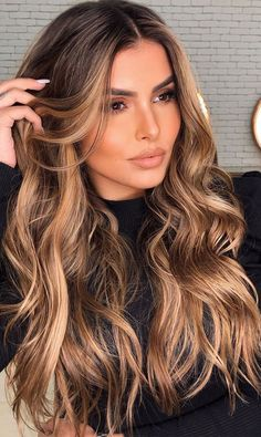 Brown Hair Balayage, Brown Blonde Hair, Hair Color For Black Hair, Hair Color Balayage, Hair Highlights, Darker Roots Blonde Hair, Long Hair Colors, Highlights Around Face, Caramel Hair With Blonde Highlights