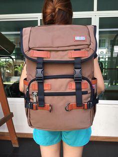 กระเป๋าเป้ Witzman Nylon Mix Leather backpack ราคา 1,690 บาท ส่ง Ems Free