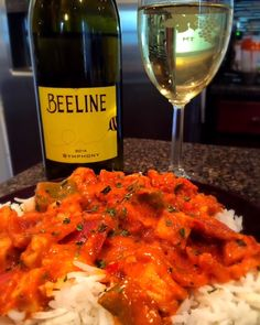 Beeline is a sweet treat that pairs well with spicy food such as Thai, spicy wings or buffalo chicken dip. It also pairs well with sweet food such as lemon cookies. This wine makes a great summer cocktail.