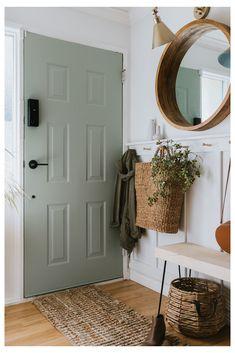 Interior Door Colors, Painted Interior Doors, Painted Front Doors, Interior Door Styles, Front Door Entryway, Front Door Decor, Green Front Doors, Best Front Door Colors, Fall Front Doors