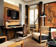 Explore Babuino 181 hotel gallery. Discover our Luxury suites in Rome which are within easy access to tourist attractionslike Piazza del Popolo. Click here